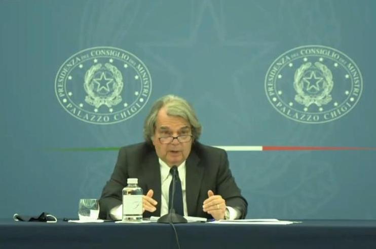 Il ministro della Pa Renato Brunetta (frame da diretta Facebook)