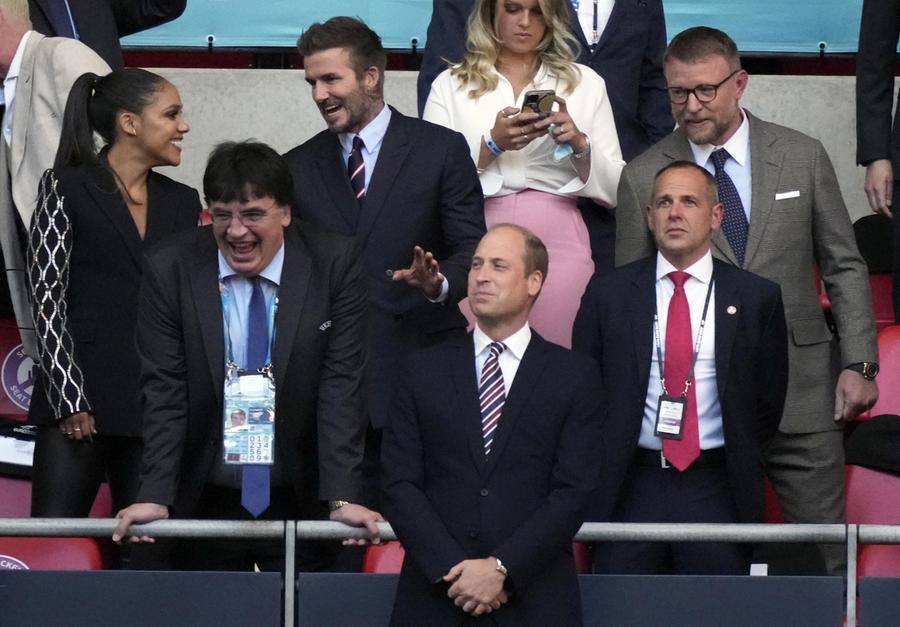 Il principe William alla semifinale. Dietro si riconosce David Beckham (Ansa)