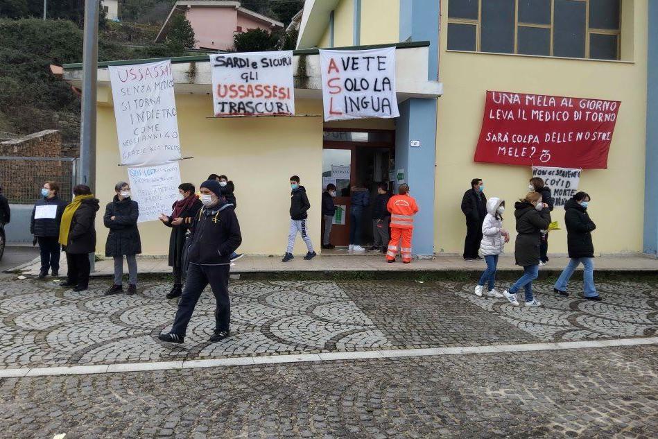 """Ussassai, comunità in rivolta: """"Vogliamo il medico di base"""""""