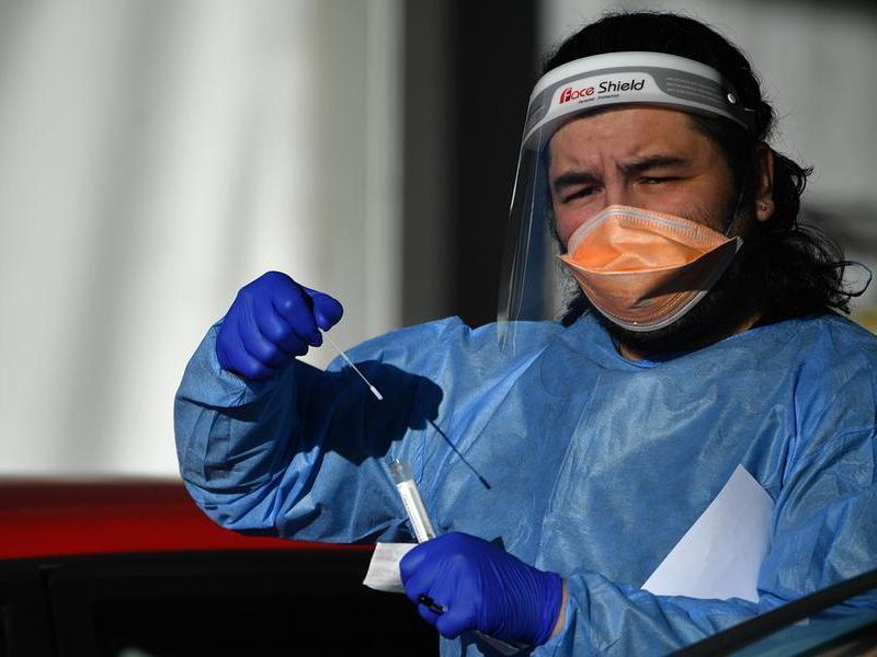 Virus, in Sardegna incidenza e indice di contagio più altid'Italia:136 casi ogni 100mila abitanti, Rt a 2.44