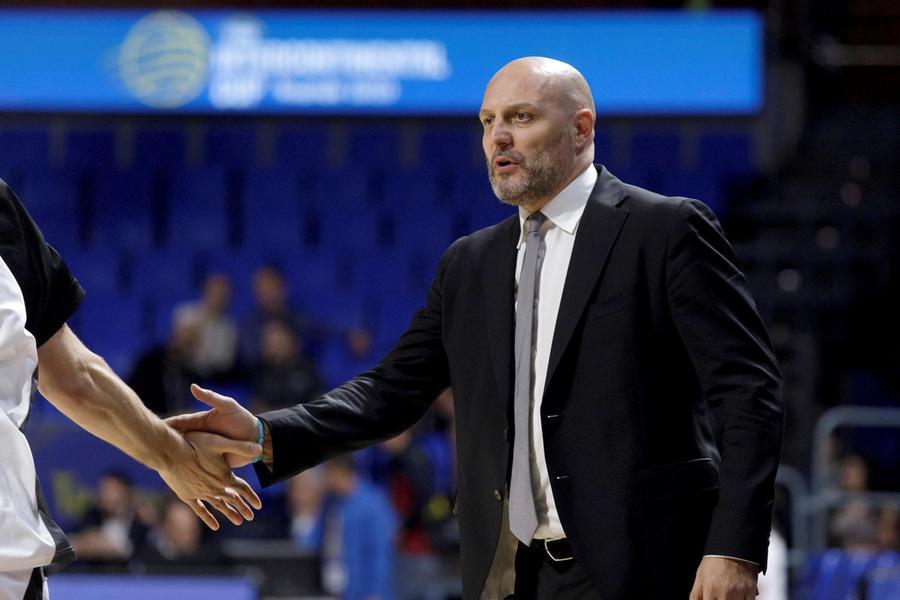 Sasha Djordjevic, coach della virtus (Ansa - De la Rocha)