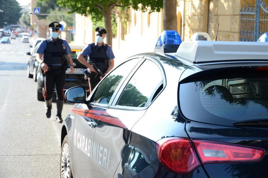 Violenze e maltrattamenti in famiglia, 36enne in arresto a Domus De Maria