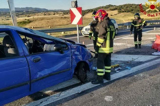 Schianto sulla Sassari - Olbia: automobilista in ospedale