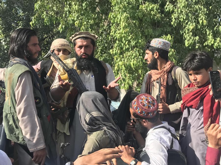 """Il nodo degli afghani in fuga e di quelli da rimpatriare. Lamorgese: """"Procedure di accoglienza accelerate"""" - L'Unione Sarda.it"""