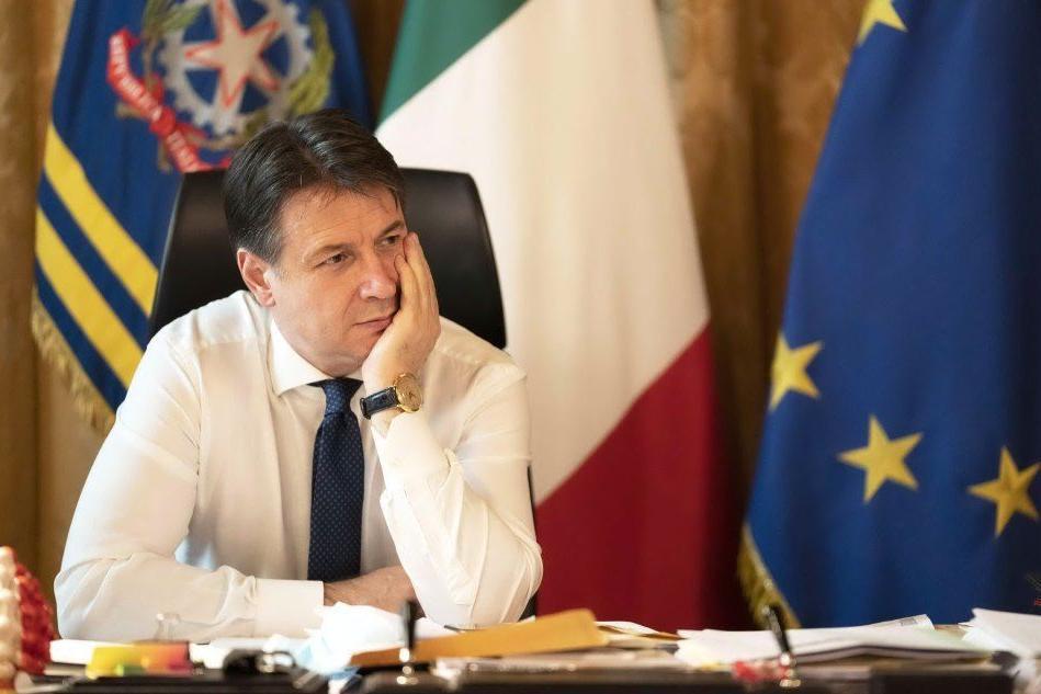 """Crisi, per Zingaretti """"Conte punto di equilibrio"""". Siete d'accordo?"""