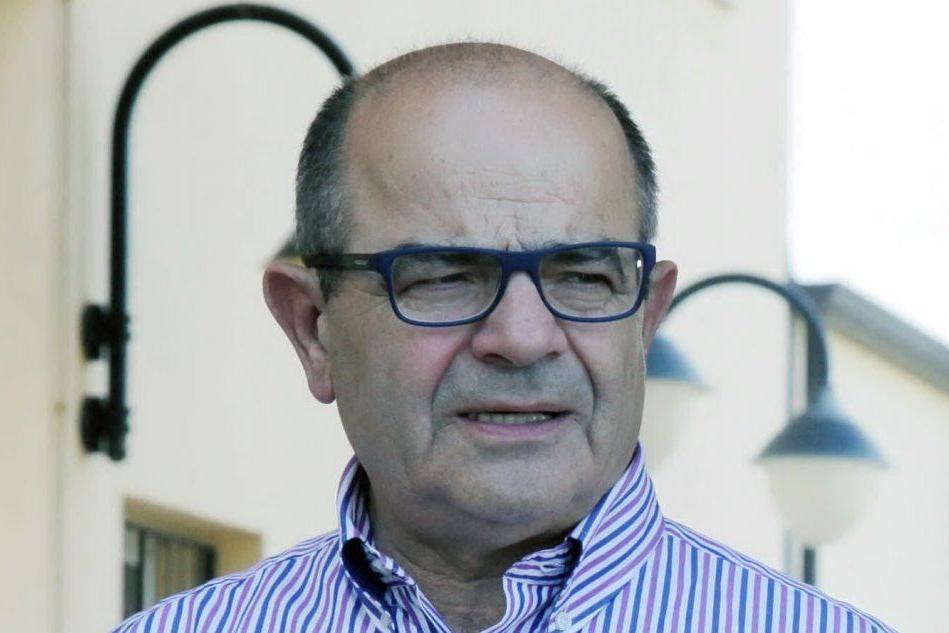 Urzulei, gli elettori danno fiducia al sindaco uscente Ennio Arba