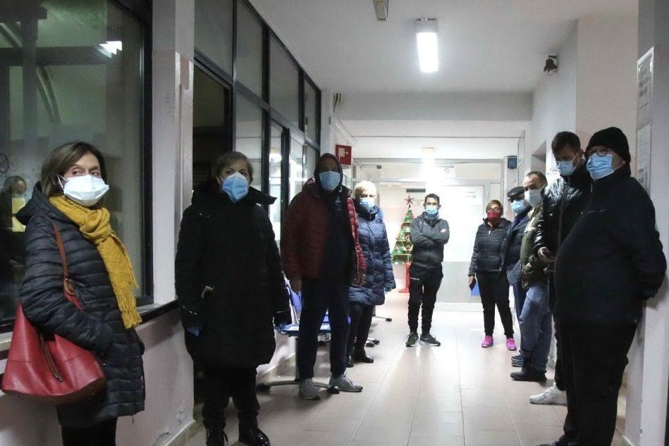 Rischio taglio della dialisi al Sirai: la protesta una novantina di pazienti