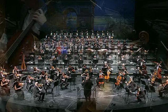 """""""La Traviata"""", con orchestra e coro del Teatro Lirico di Cagliari"""