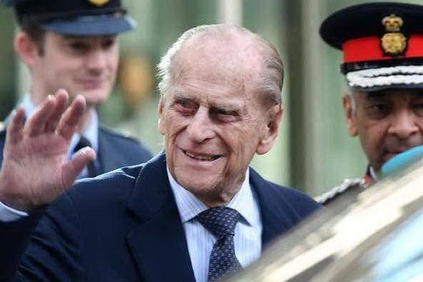 Addio a Filippo di Edimburgo, aveva 99 anni