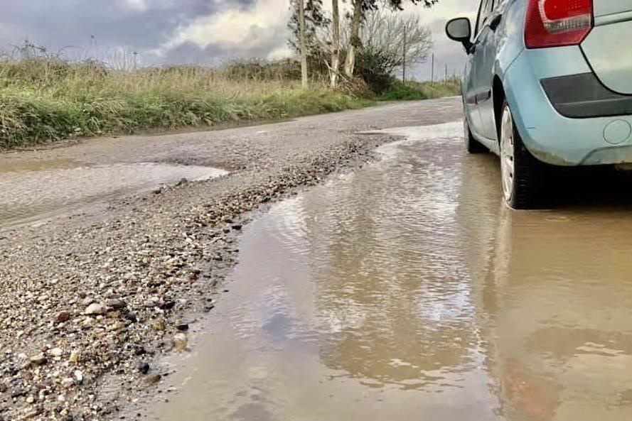 Oristano, via alle manutenzioni delle strade rurali