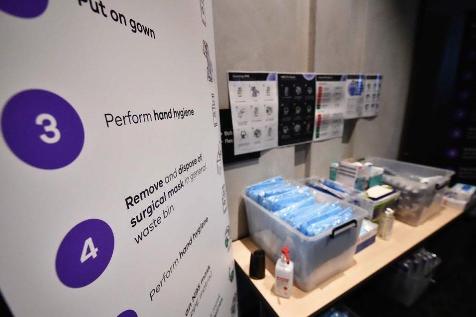 """Australia, rallenta la campagna vaccinale: """"Farmaci non arrivati per via delle restrizioni Ue"""""""
