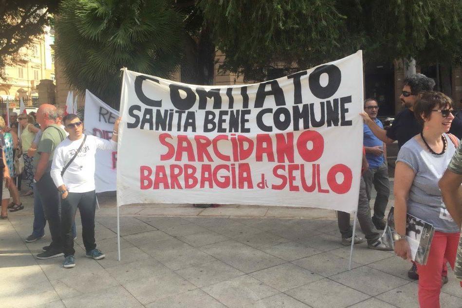 Cagliari, in via Roma il primo sciopero senza automobili