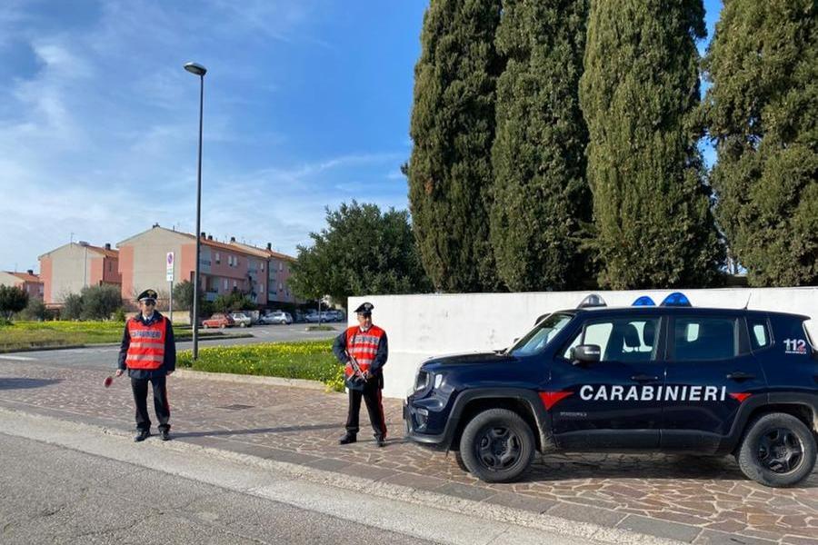 Ubriaco al volante, denunciato dai carabinieri a Carbonia