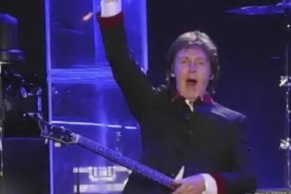 """Lo sfogo di McCartney: """"Scandaloso che in Italia non si rimborsino i biglietti dei concerti"""" VIDEO"""