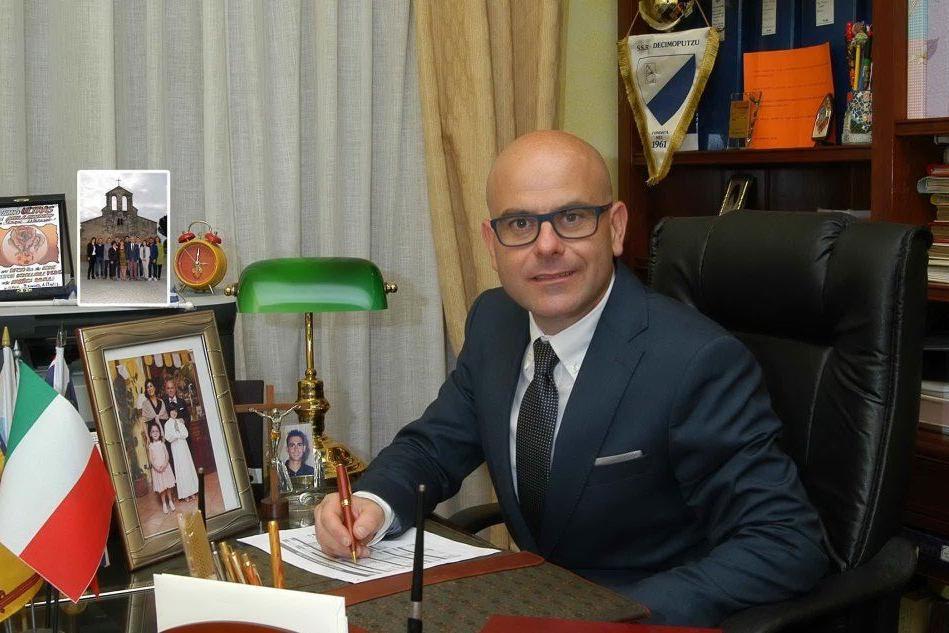 Decimoputzu, il sindaco Scano è risultato positivo al Covid