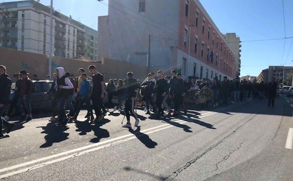 Studenti in corteo a Cagliari