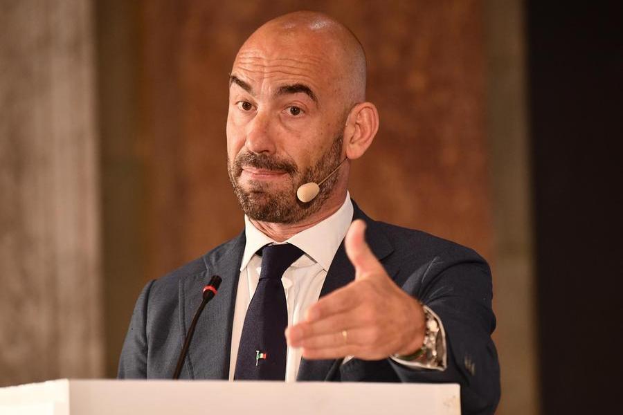 L'infettivologo Matteo Bassetti (Ansa - Zennaro)