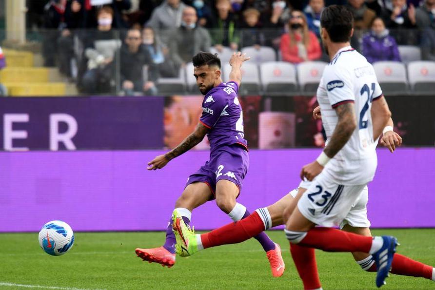 Fiorentina troppo forte per questo Cagliari: rossoblù mai in partita al Franchi, 3-0