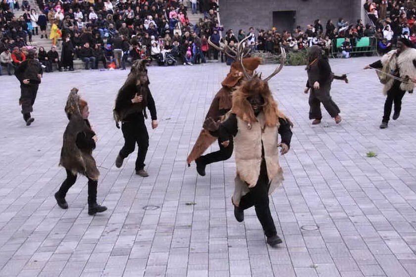Sinnai, un progetto identitario per lo studio della parodia carnevalesca de Is cerbus