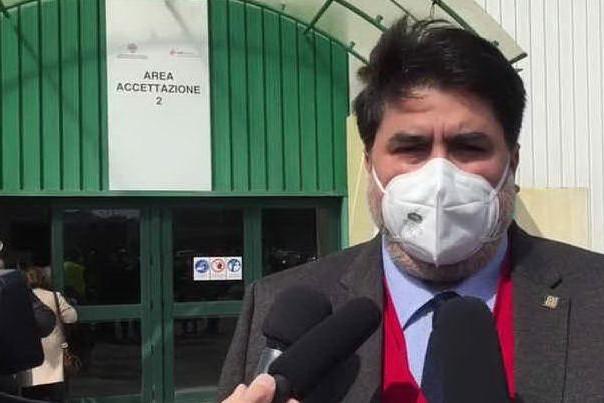 """Tamponi e vaccini, Solinas: """"Così manteniamo la zona bianca"""""""