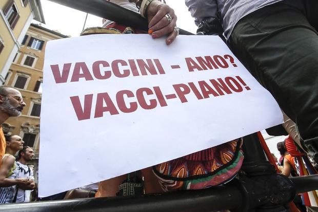 """L'avvocato che si rifiuta di difenderei no vax: """"Cause perse non ne ho mai seguite"""""""