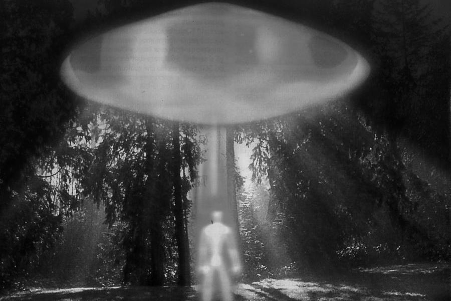 Navi aliene ed extraterrestri