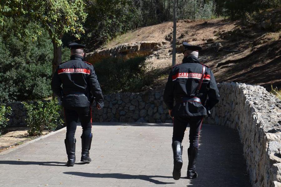 """Tentato furto a Macchiareddu, il """"ladro mancato"""" lascia sul posto portafoglio e telefonino"""