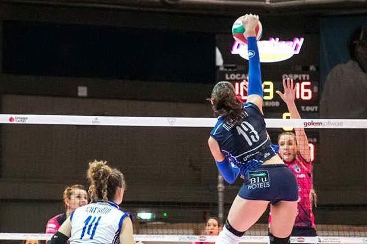 Volley, l'Hermaea non decolla: Ravenna si impone 3-1 a Olbia