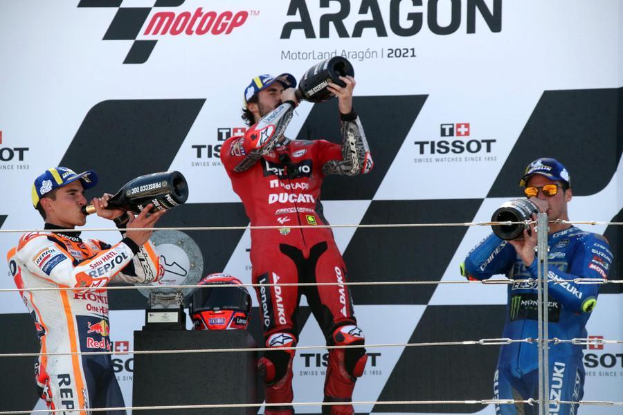 Aragon, vince Bagnaia davanti aMarquez e Mir