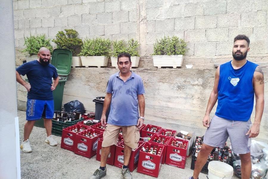 Sinnai: bottiglie di birre abbandonate, al via l'opera dei volontari