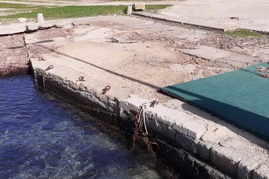 Asinara, frana la banchina a Cala d'Oliva: messa in sicurezza