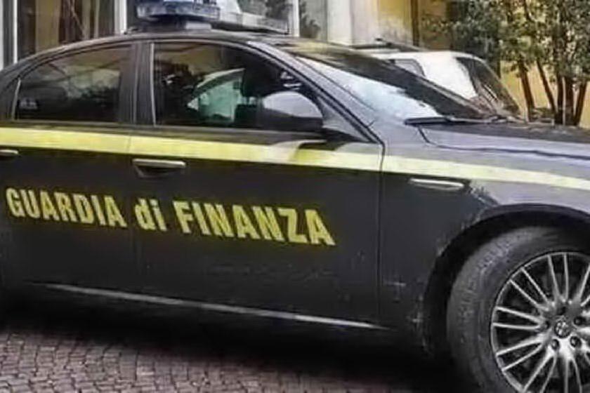 Maxi frode fiscale nel settore Hi-tech: sequestri per 16 milioni di euro