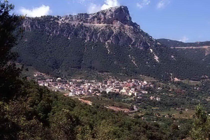 Covid, terza vittima in Ogliastra: muore un uomo di Urzulei