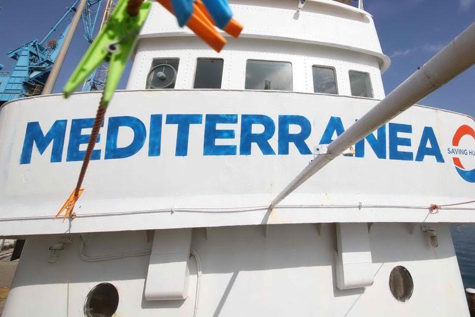 Migranti, imbarcazione Alex diretta a Lampedusa