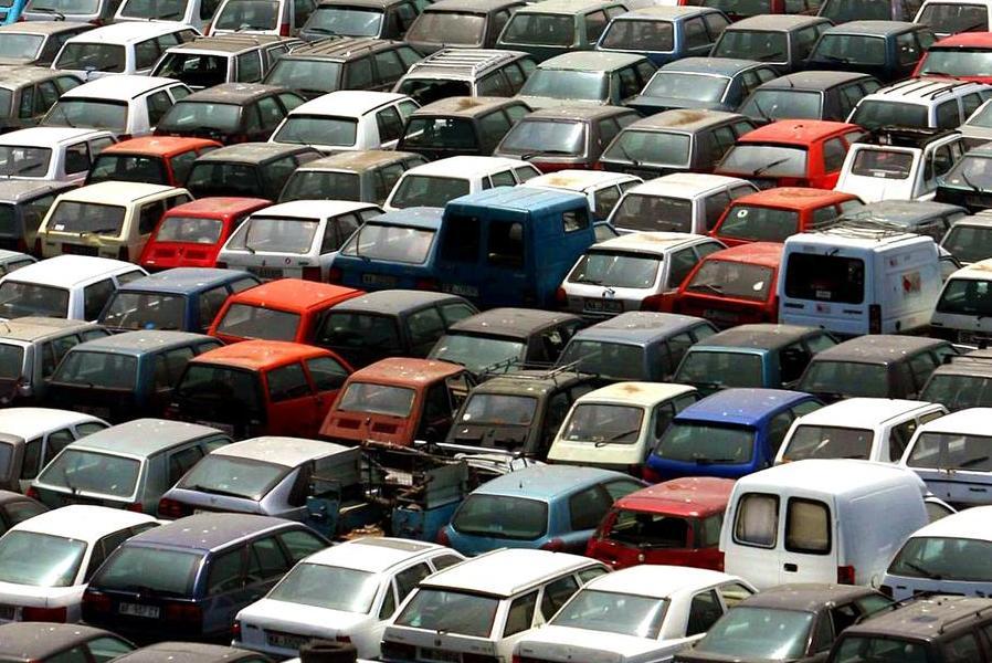 Ecobonus, da martedì via libera alle prenotazioni per l'acquisto delle auto usate