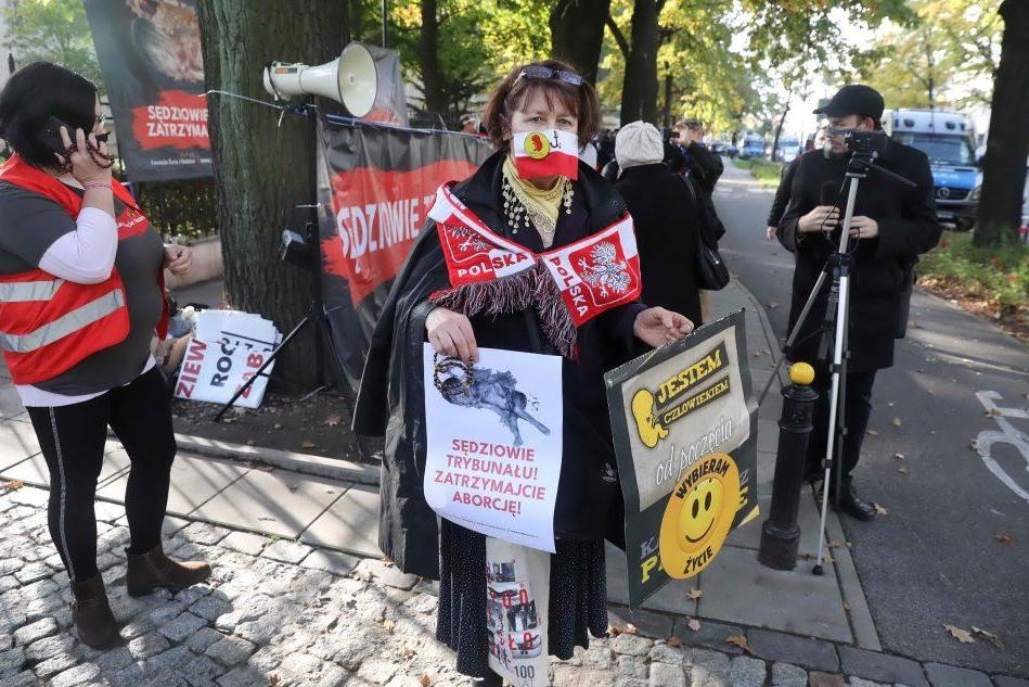 In Polonia vietato l'aborto anche se il feto ha malformazioni