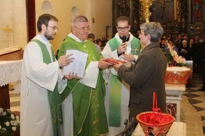 Sinnai, cittadinanza onoraria a monsignor Giovanni Abis