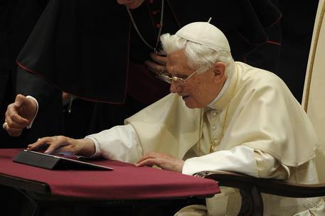Il Papa emerito Benedetto XVI (Ansa)