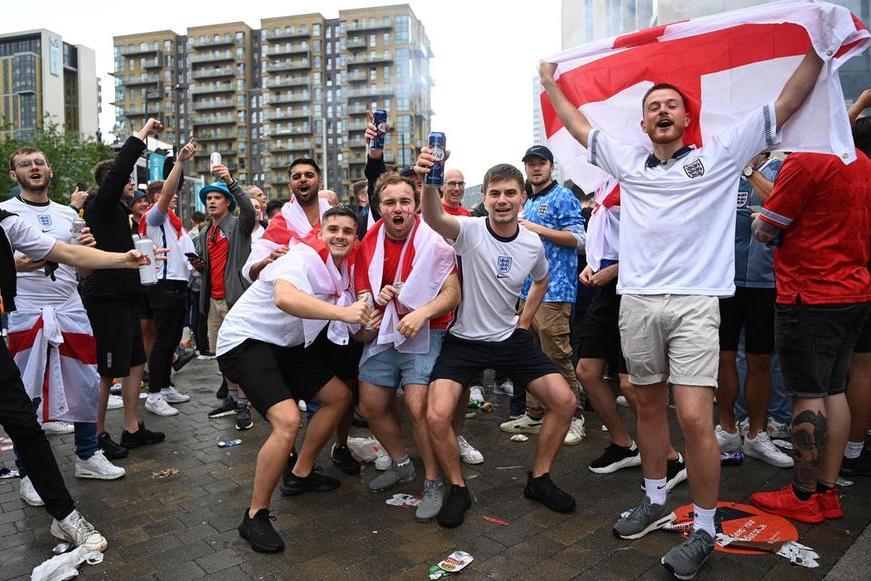 """Stop ai tifosi inglesi, l'Olimpico è off limits: """"Nessuna deroga alla quarantena"""""""