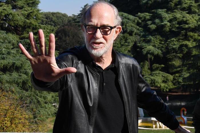 """De Gregori sta con Salmo:""""Sollevato un problema reale"""""""