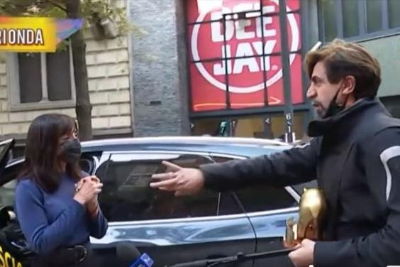"""Tapiro ad Ambra Angiolini, Striscia risponde alle polemiche: """"Ecco il video integrale"""""""
