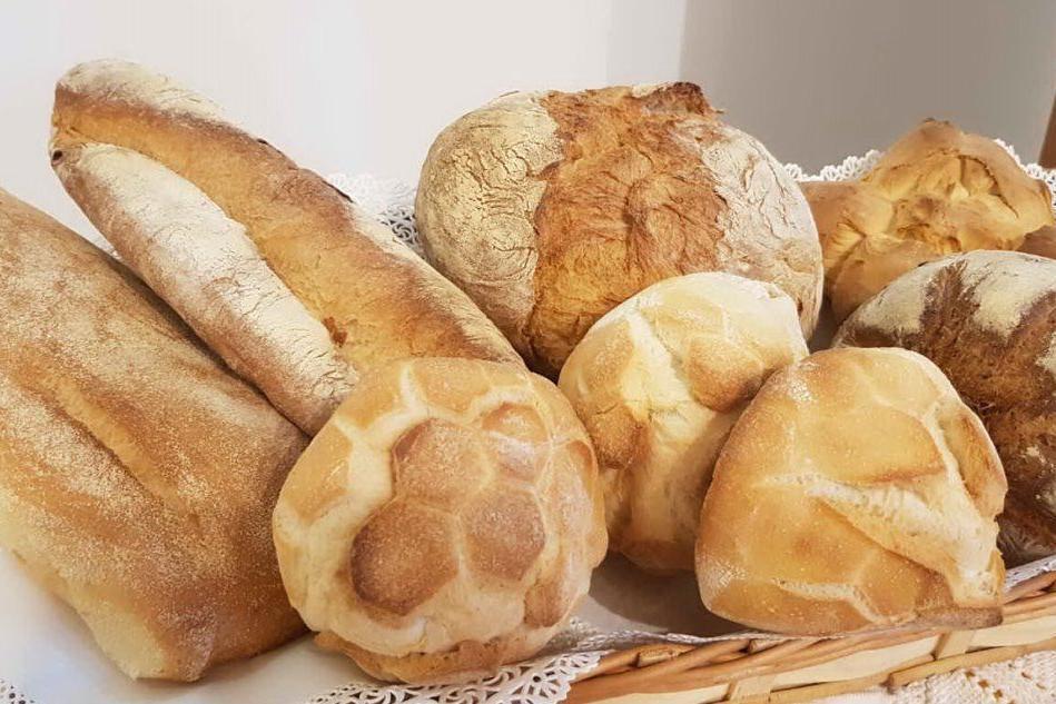 """""""Scegliete il pane fresco sardo"""", l'appello di """"Panifici aperti"""""""