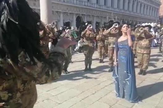 La Sardegna incanta in pubblico in piazza San Marco a Venezia