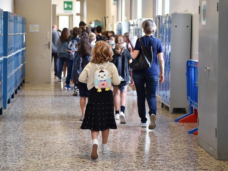 Scuola: suona la campanella per 4 milioni di studenti