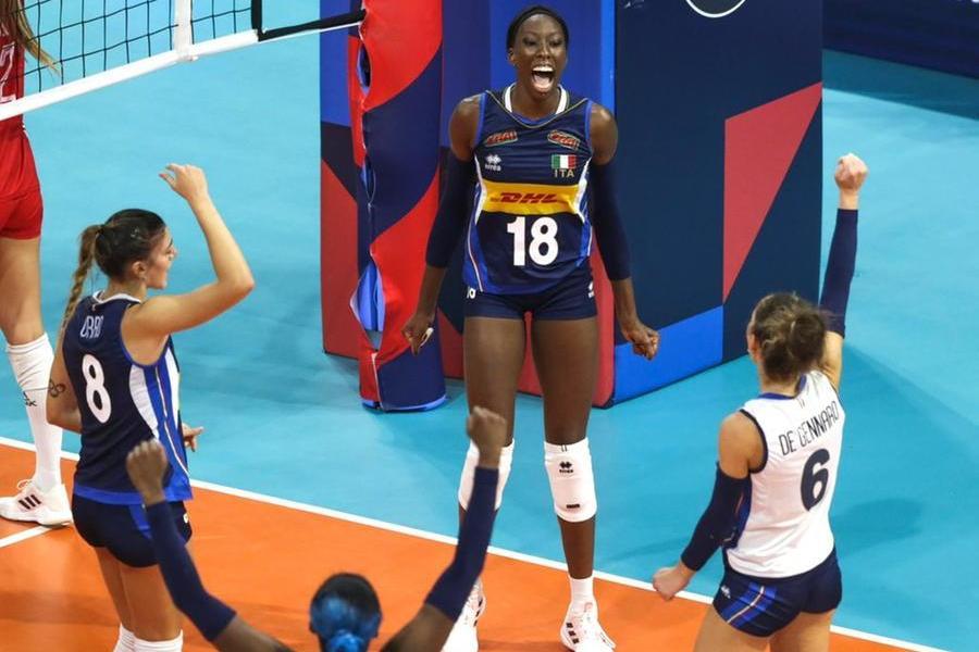 Le azzurre del volley sono campionesse d'Europa: Alessia Orro e compagne travolgono la Serbia