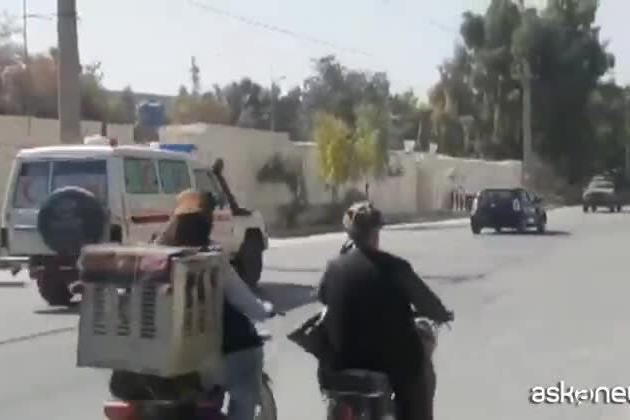 Afghanistan, l'Isis rivendica l'attacco alla moschea di Kandahar
