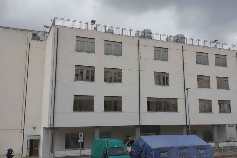 Il reparto Malattie infettive dell'ospedale di Sassari (foto L'Unione Sarda-Tellini)