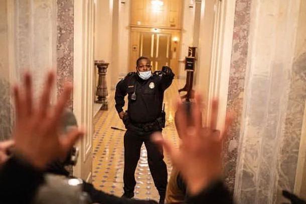 Eugene Goodman, il poliziotto che da solo ha salvato i senatori americani