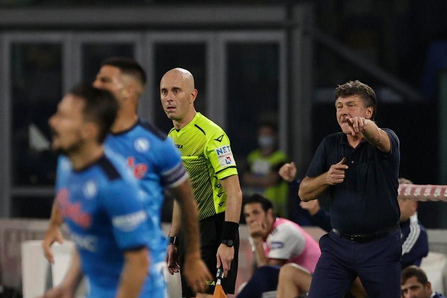 """Cagliari ko anche a Napoli. Mazzarri: """"Grande partita difensiva, c'è mancata concretezza"""""""