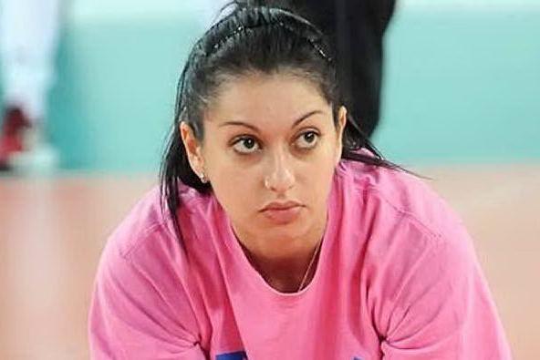 La pallavolista Lara Lugli resta incinta, il club la cita per danni